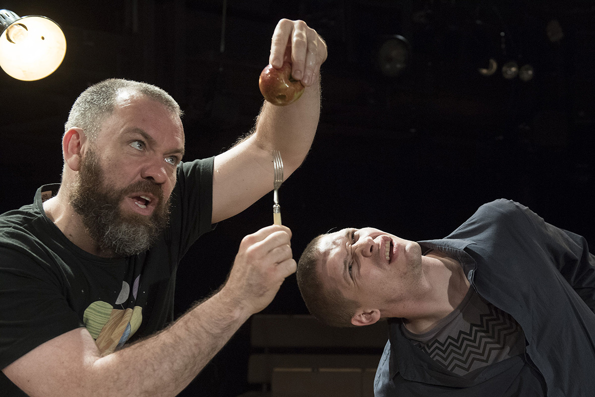 Brecht's <i>Life of Galileo</i> pumped up for the 21st century