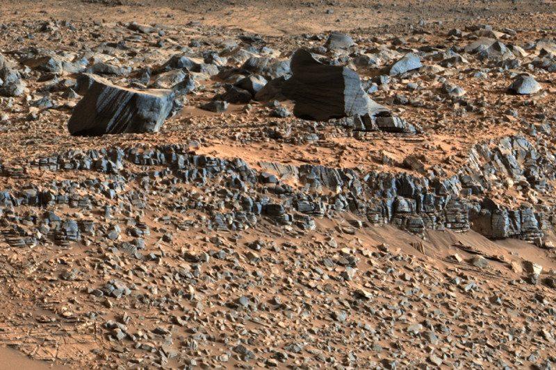 Mars strata