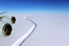 Ice crack in Larsen C