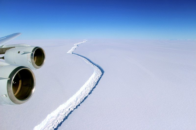 Ice crack in Larsen C