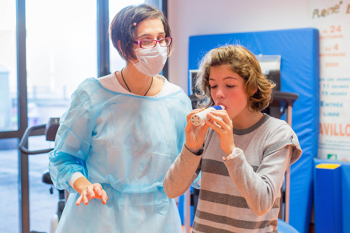 Cystic fibrosis drug halts lung damage in young children