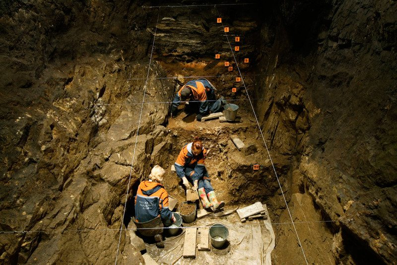 Excavations in the Denisova cave