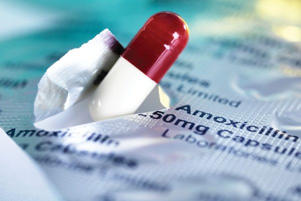 antibiotic pill
