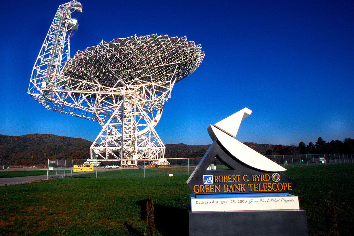 Scientists detect 15 radio pulses, possibly from an alien spacecraft