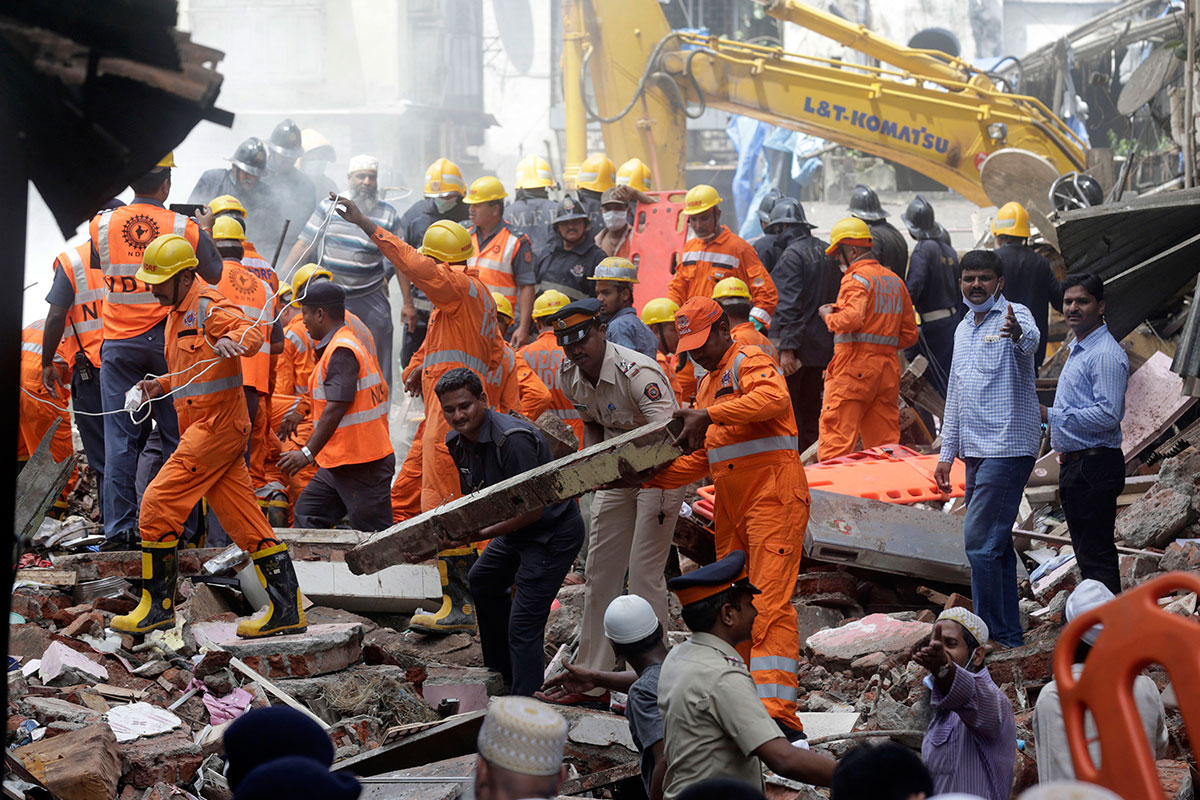 40 people trapped after building collapses in densely populated area
