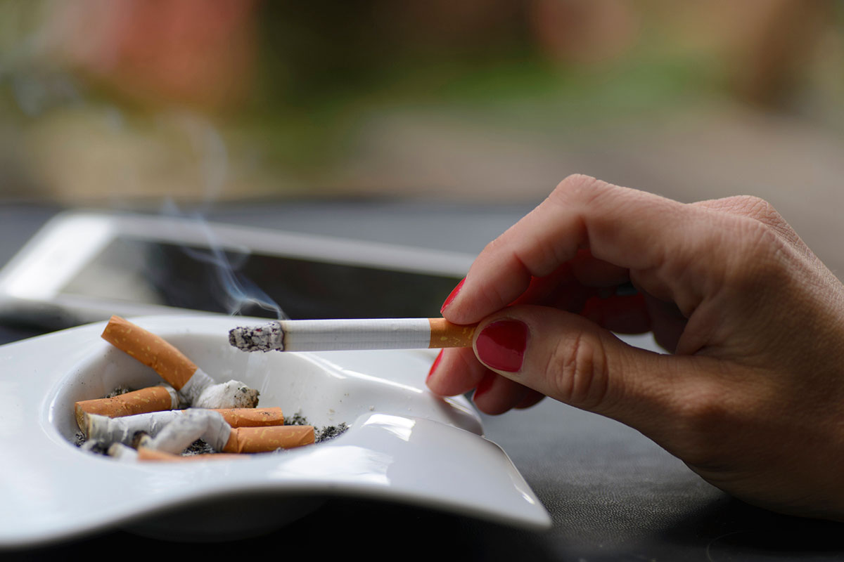 Third-hand smoke in furniture and clothes damages mouse organs