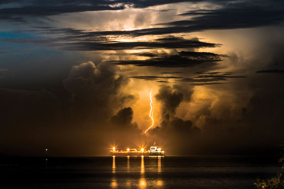 newscientist.com - Lakshmi Supriya - Lightning storms triggered by exhaust from cargo ships