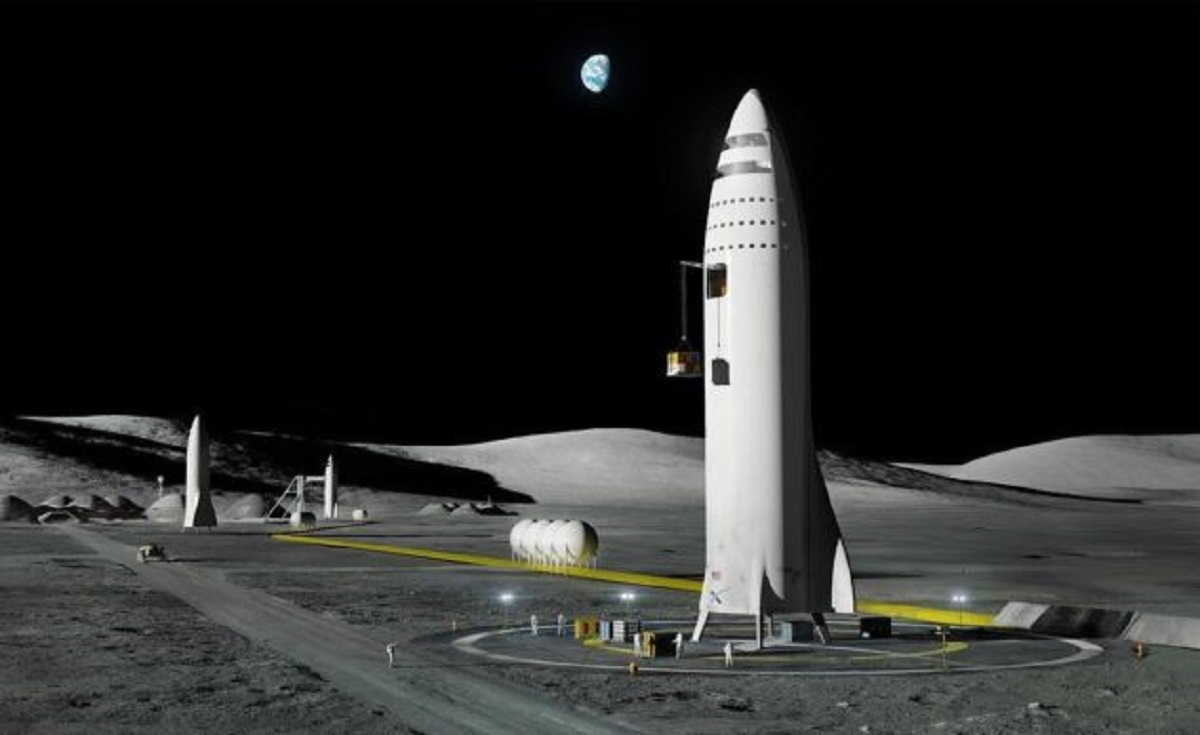 Musk says it's past time for a moon base