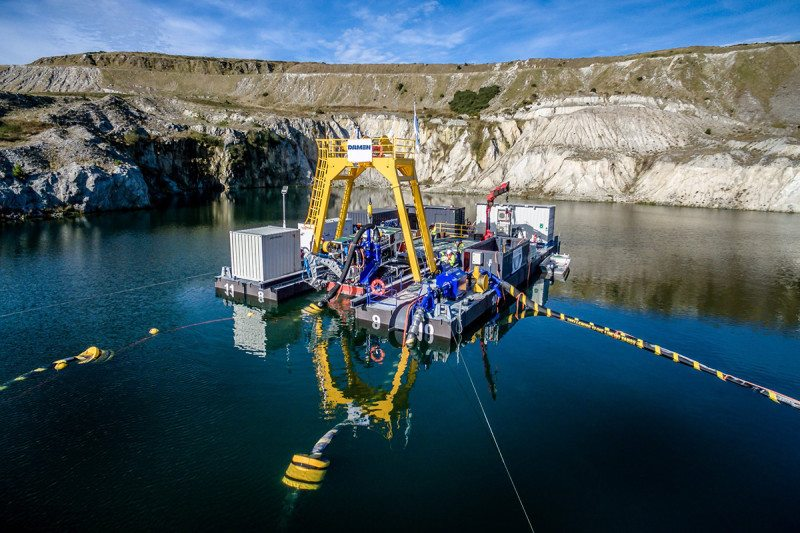 Dig deep with help from robots / Damen Dredging Equipment