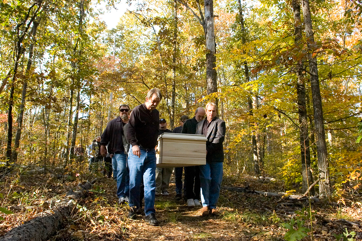 Why burying loved ones in unmarked graves could save wildlife