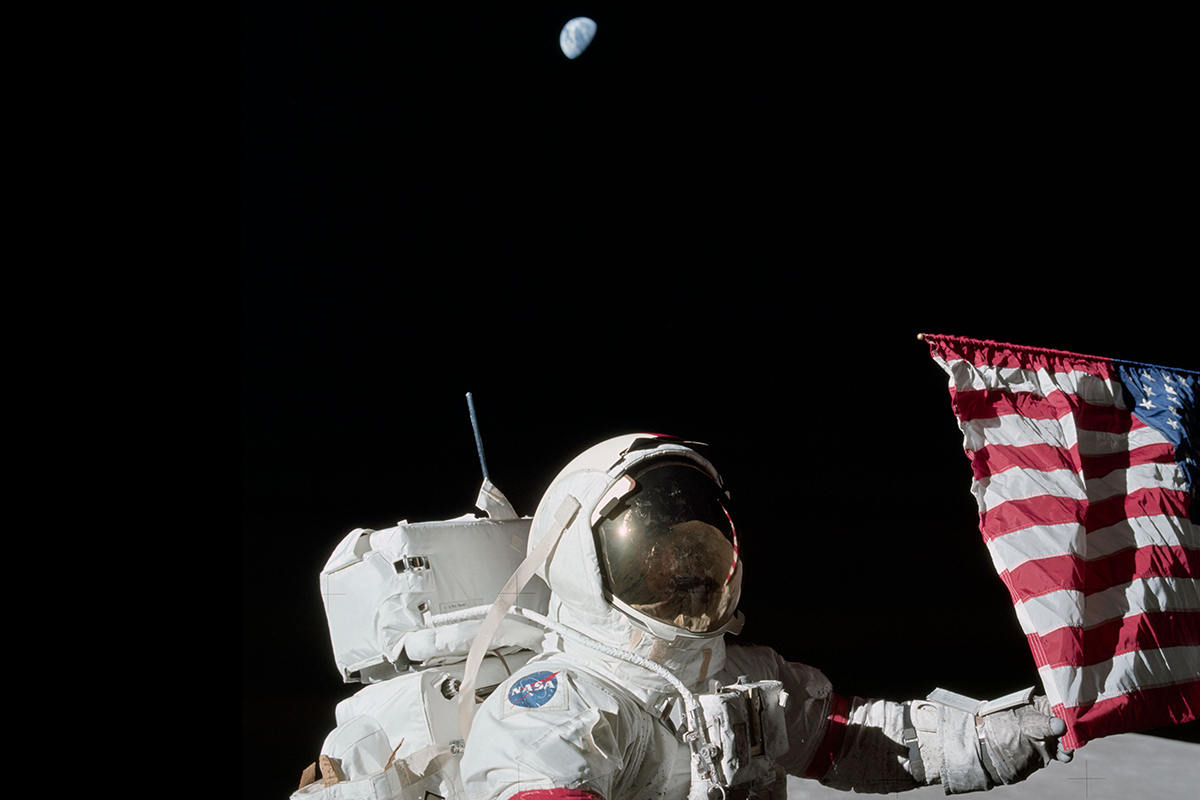 Trump directs NASA to send astronauts to the moon and then Mars