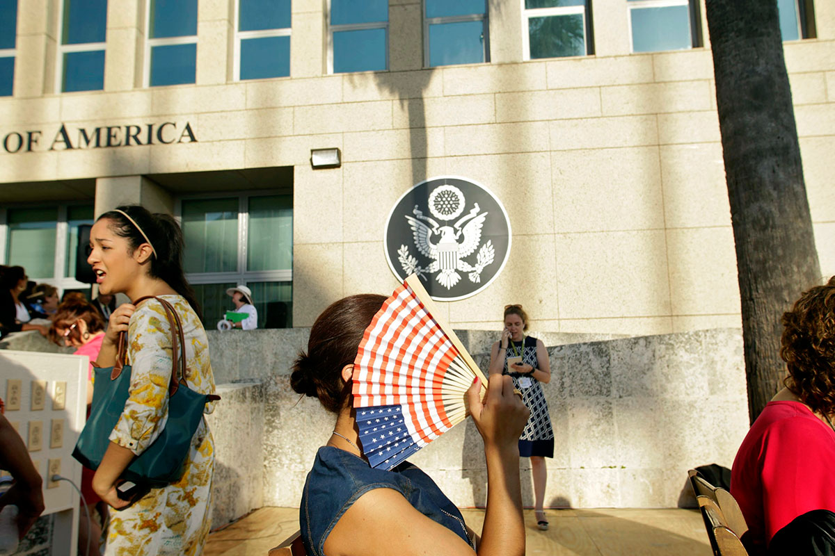 Weaponised microwave may be behind alleged sonic attacks in Cuba