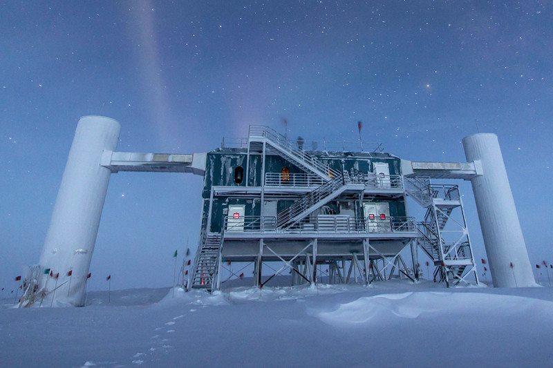 Neutrinos make their way here