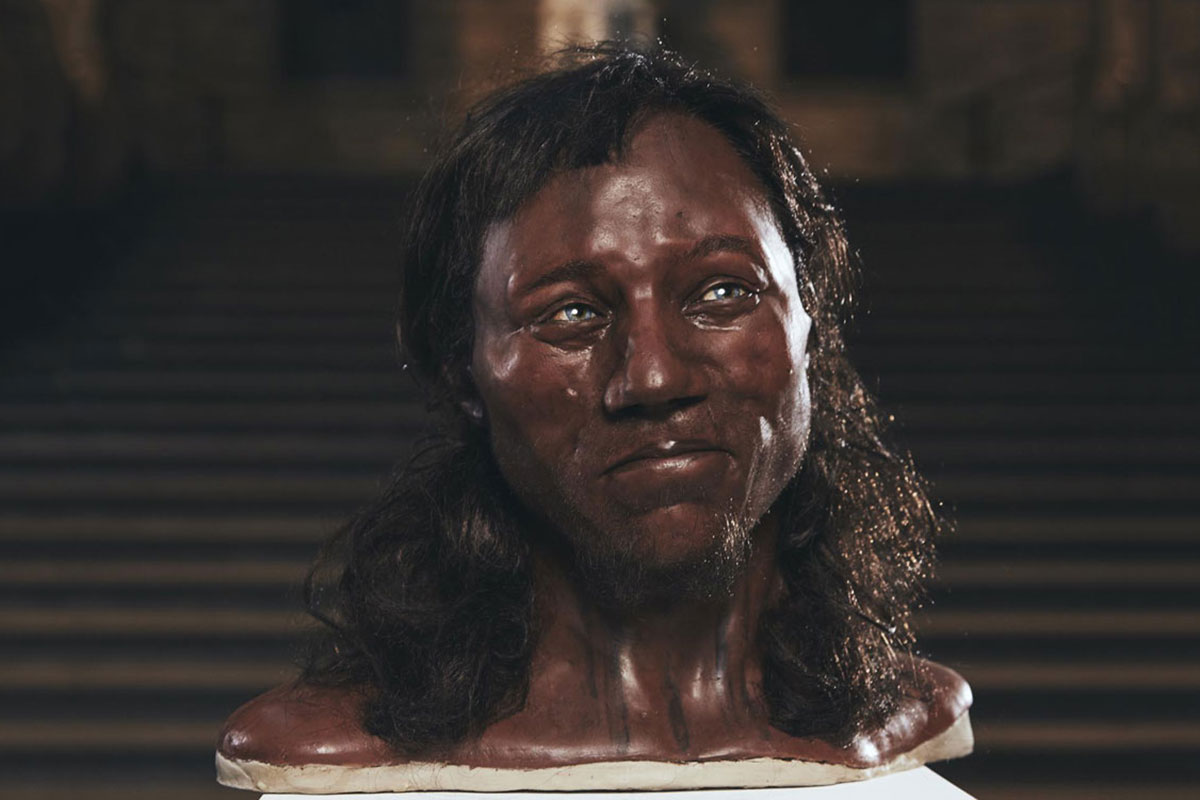 Early Briton from 10,000 years ago had dark skin and blue eyes