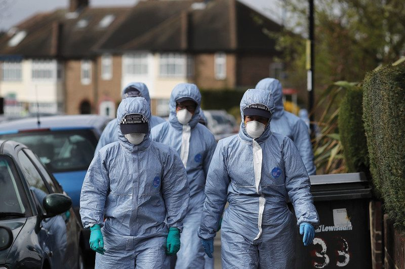Police forensic team