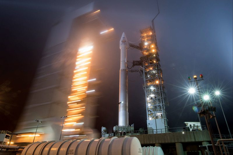 spacecraft blasted off for Mars