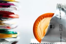 Condoms prevent infection by Mycoplasma genitalium